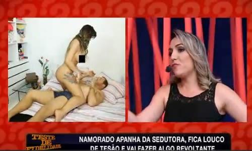 Namorado infiel cai em teste de fidelidade após o jogo do Brasil e pede para apanhar de cinto