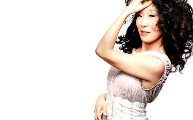 Top 20 Most Beautiful Female Celebrities: Sandra Oh
