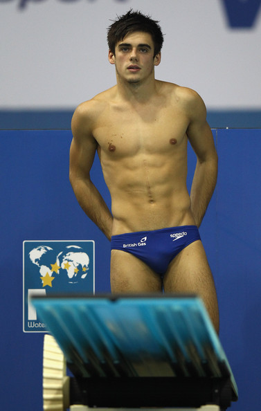 The Stars Come Out To Play: Tom Daley - Shirtless
