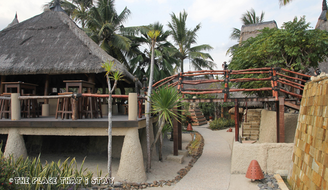 Novotel Lombok - Small bridge to the Spice Market