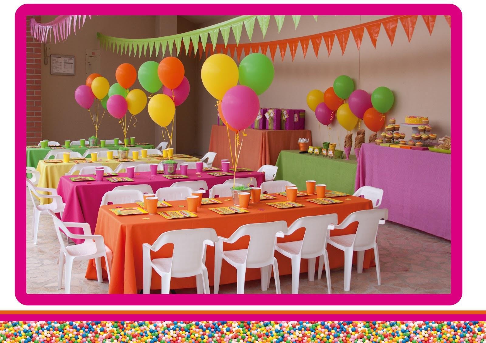 Cielo de papel pool party un cumplea os refrescante for Cosas de decoracion
