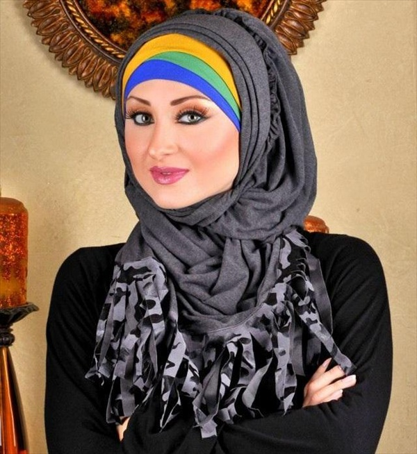 stores girls in hijab trends hijab fashion now a days pakistani girls ...