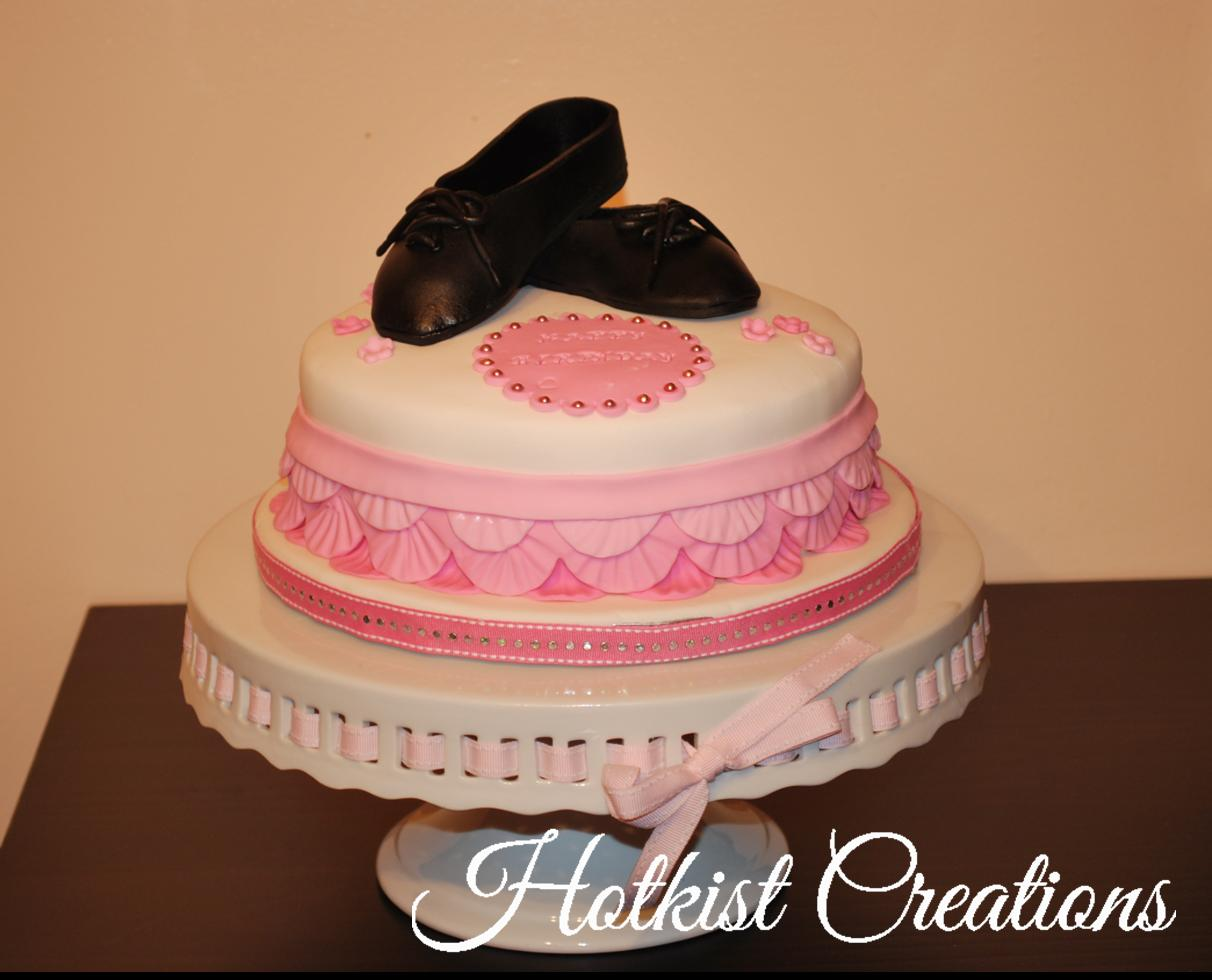Cakes by Hotkist: Dancers' Birthday Cake