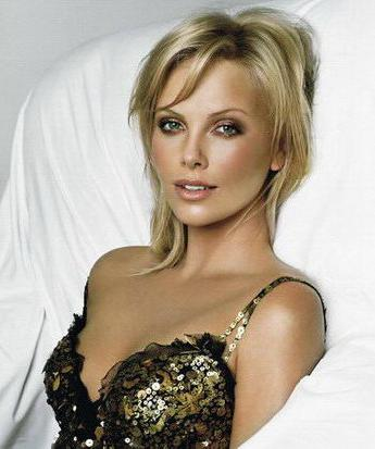 The beautiful Charlize Theron is so naturally gorgeous.  Charlize Theron