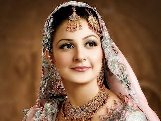 Pakistani Jewelry Gold