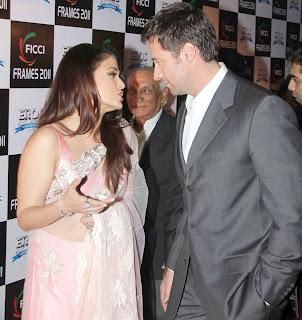 Aishwarya Rai, Shahrukh Khan at FICCI Frames 2011