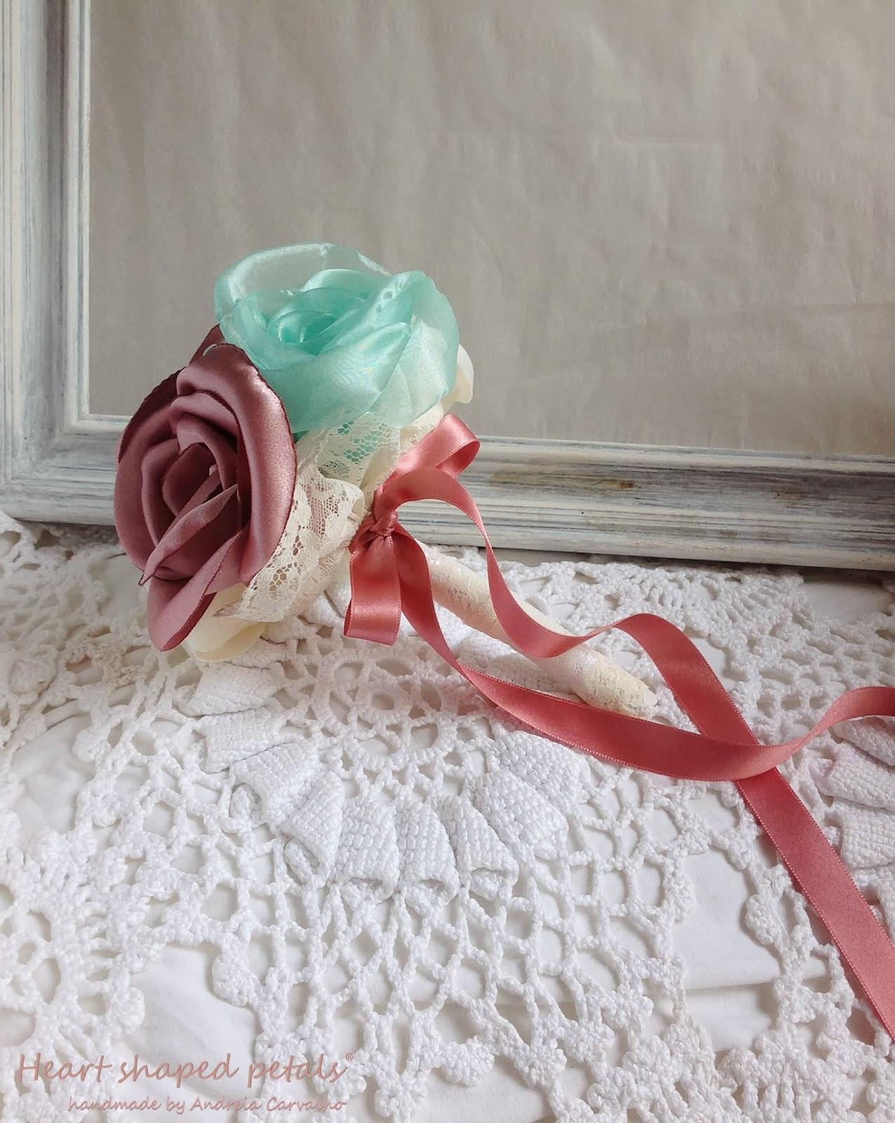 bouquets damas em rosa velho e menta