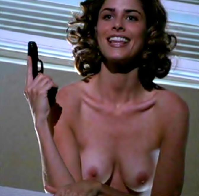 Amanda peet nude tits 6