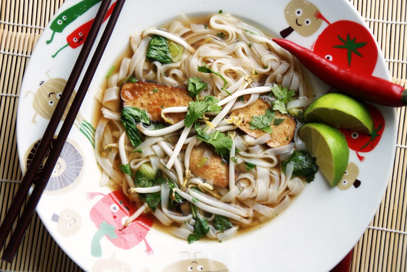 totally veg!: was in einer veganen küche nicht fehlen darf