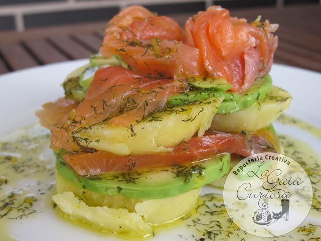 Alluse len ensaladas de verano - Ensalada con salmon y aguacate ...