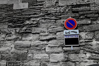 In Arles (France), by Guillermo Aldaya / PhotoConversa
