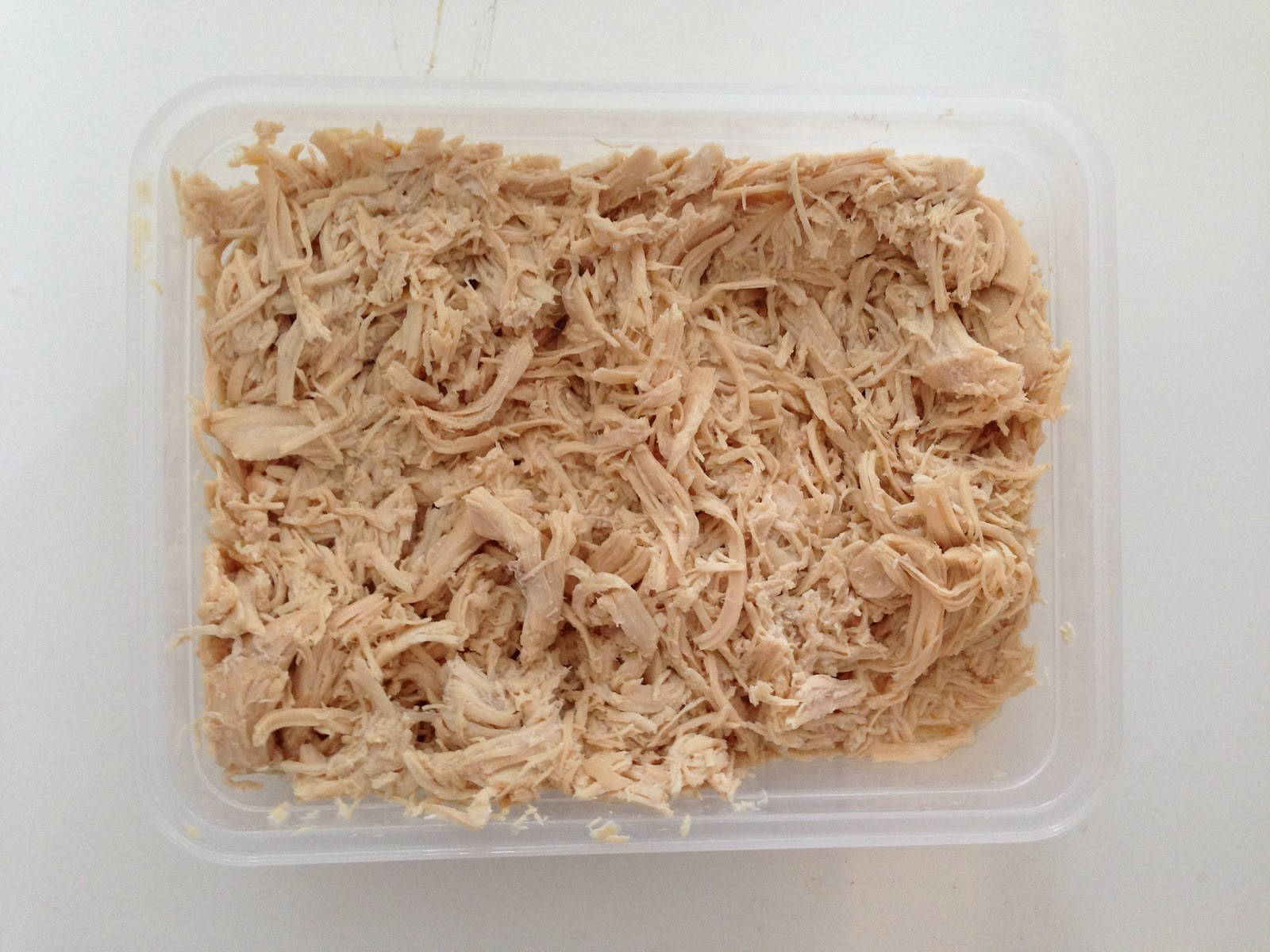 http://imperfectlybalancedbyali.blogspot.com/2014/07/foodie-easy-crockpot-chicken-healthy.html
