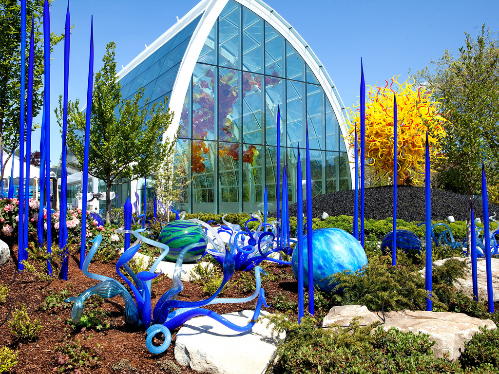 art now and then dale chihuly