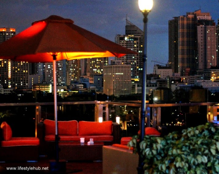 sky deck view bar at the bayleaf hotel intramuros