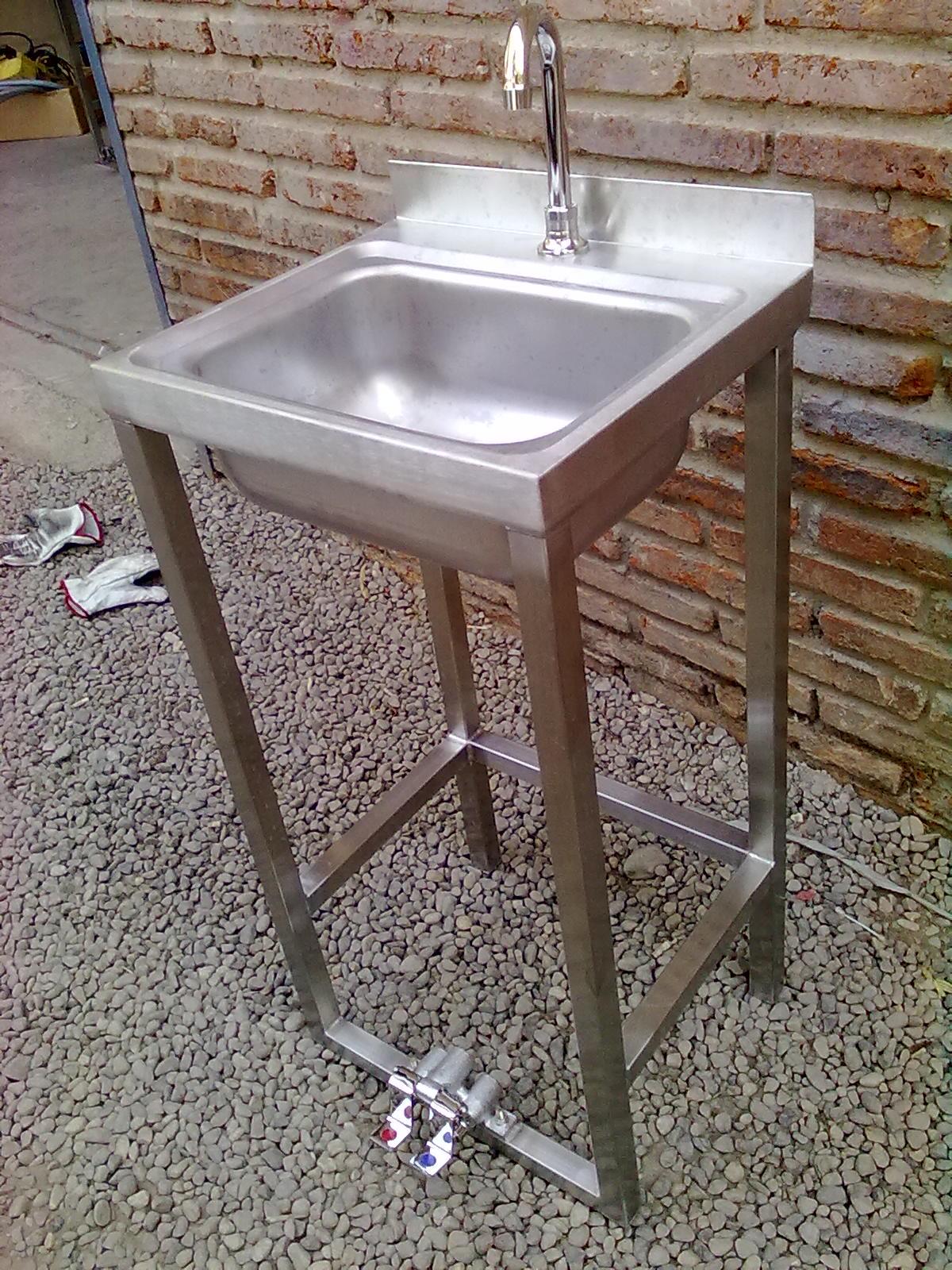 Fabricacion de maquinas y muebles de acero inoxidable for Llaves para lavamanos easy