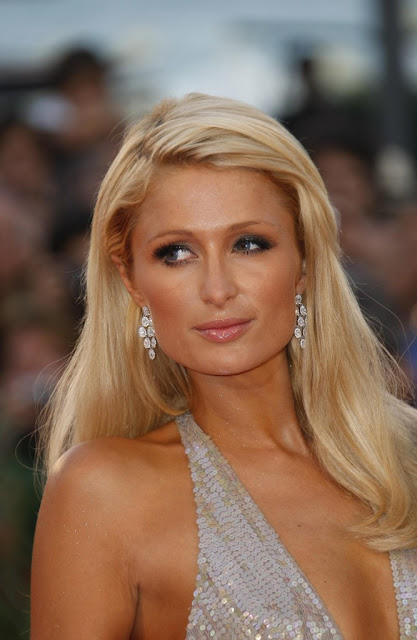 Celebrity Paris Hilton Long Blonde Hairstyles