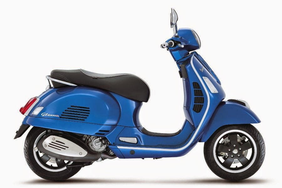 Vespa GTS Super 300 (2014) Side