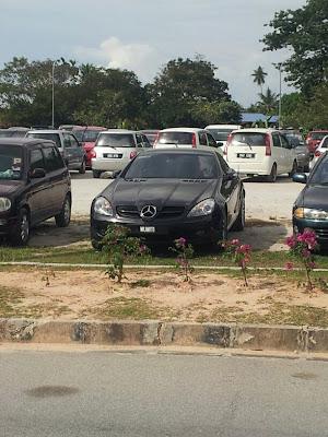 Mercedes slk 200 in uitm penang