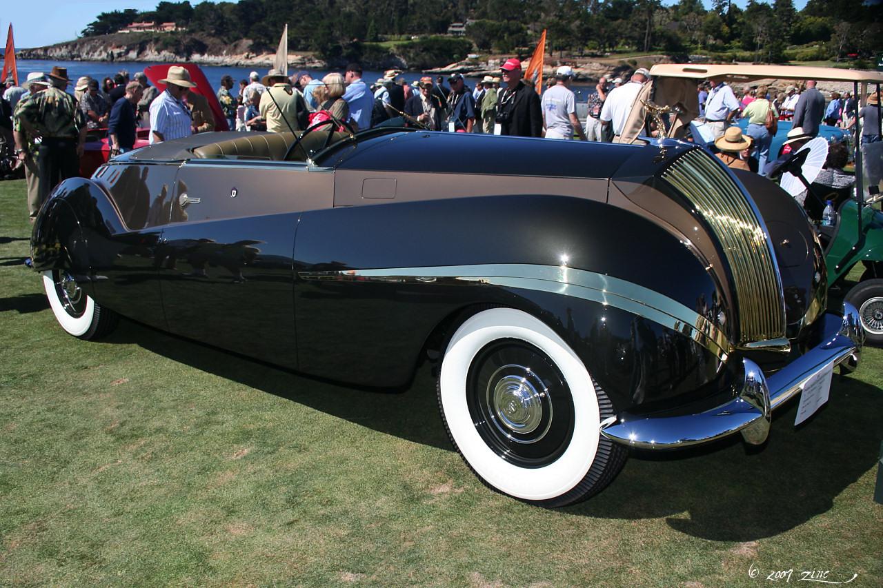 loveisspeed dear santa this ultra glamorous 1939 rolls royce phantom iii cabriolet is. Black Bedroom Furniture Sets. Home Design Ideas
