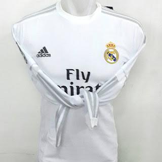 gambar desian terbaru photo kamera Jersey lengan panjang Real Madrid home terbaru musim 2015/2016 di enkosa sport toko online baju bola lokasi di jakarta pasar tanah abang
