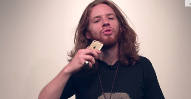 """iPhone 6 """"có khả năng cạo râu""""?"""