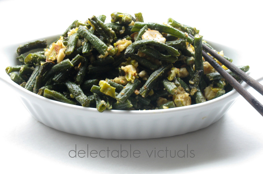 Long Green Beans with Spicy Peanut Almond Meal