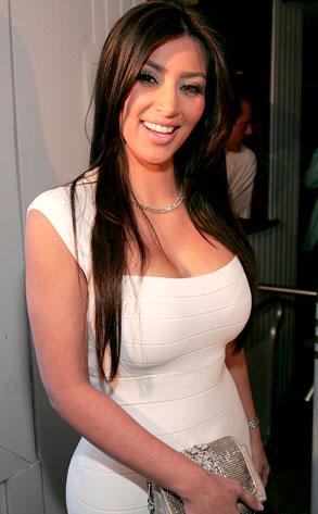 Kardashian Size on Kim Kardashian  Kim Kardashian Bra Size