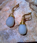 Amazonite and gold color wire