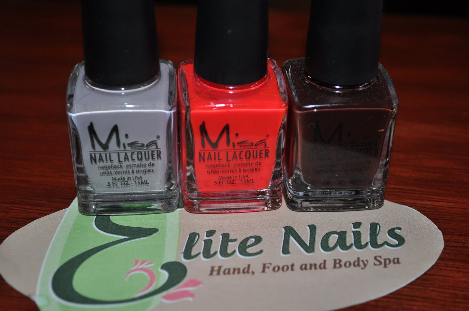 Elite Nails Hand, Foot and Body Spa: July 2011