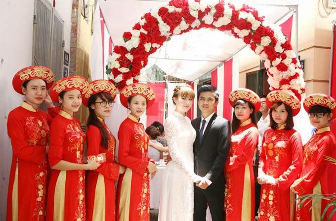 Dịch vụ bê tráp đám cưới