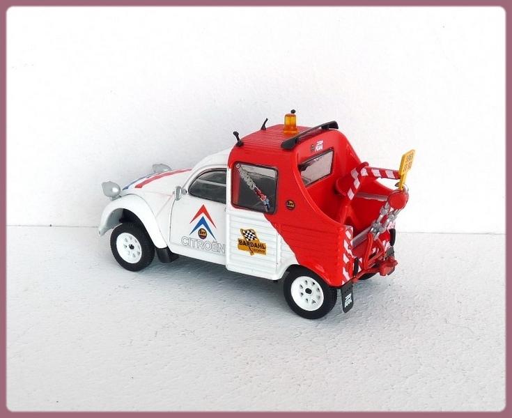 Garage de poche jip citro n 2cv depanneuse for Garage citroen 42 cours de vincennes