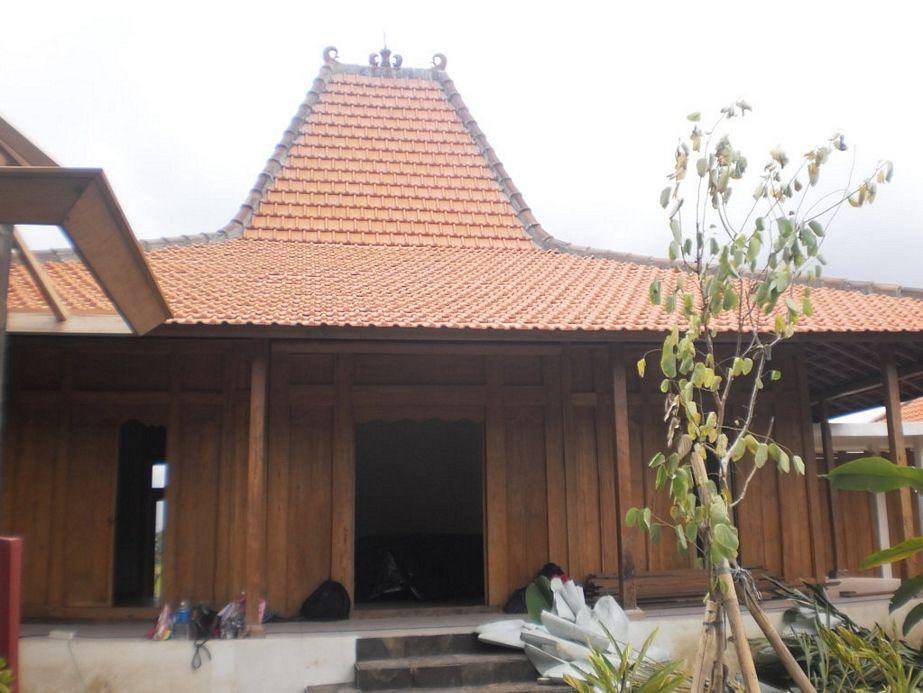 gambar rumah kayu limasan dari depan