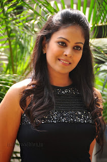 Chandini at kaalicharan premier show 003.jpg