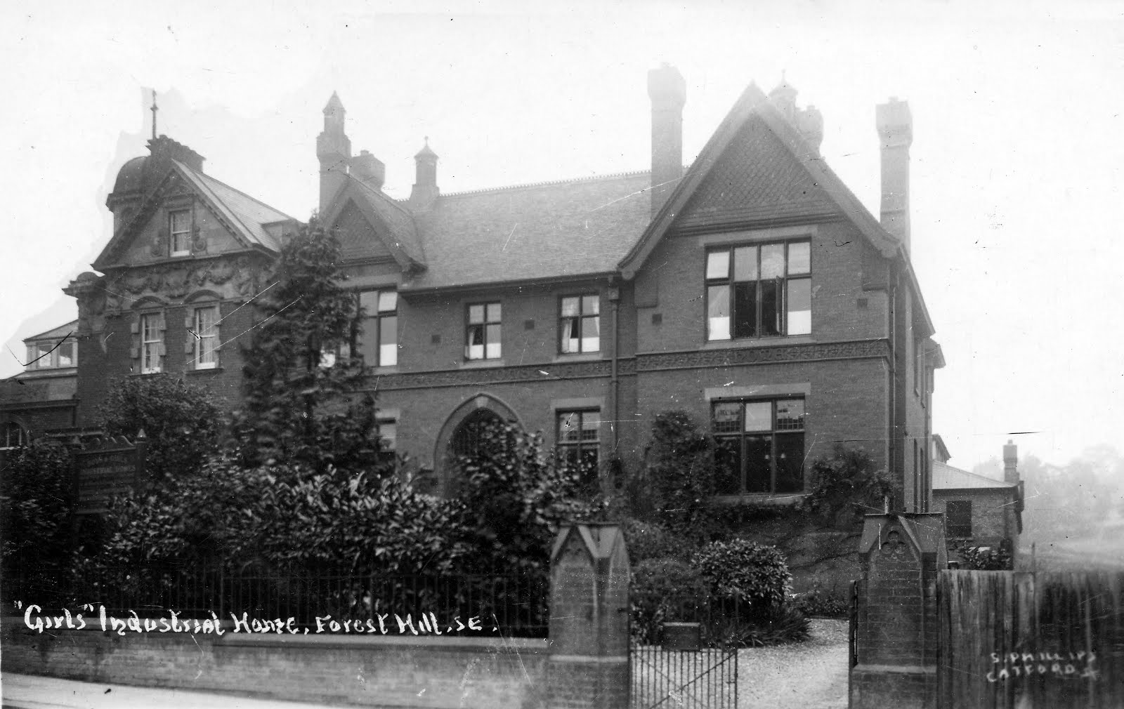 Louise House With The Library On Left At About Time Of Korczaks Visit