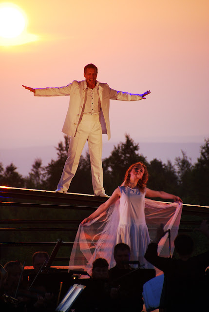 Мюзикл на горе Крестовой