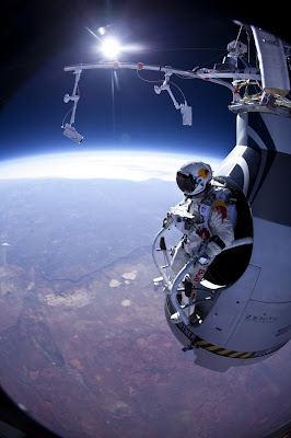 Fearless Felix Parachute Jump 18 Miles Roswell