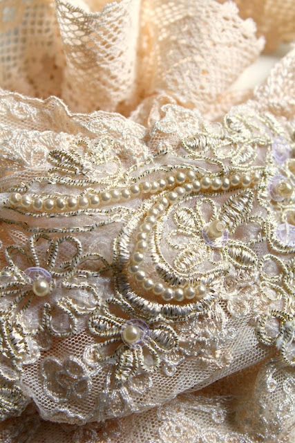 catherine masi -  bridal veil detail