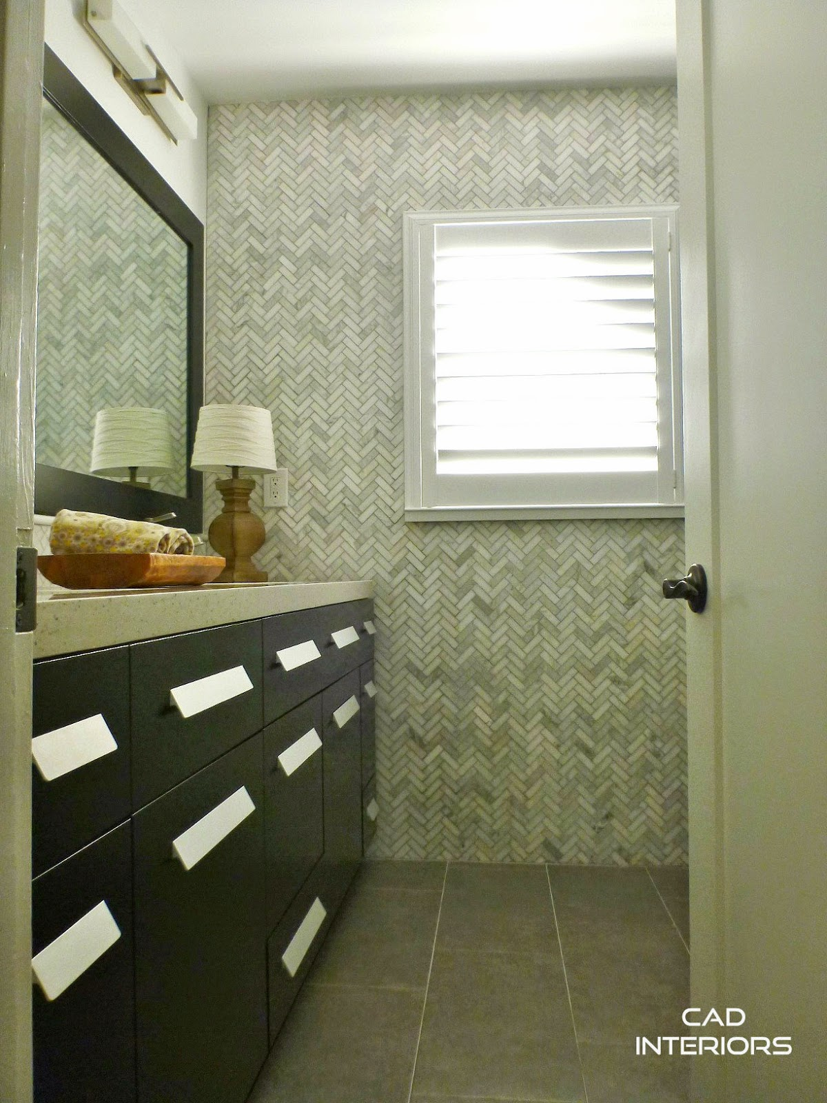 Vintage classic modern bathroom design renovation interior design transitional