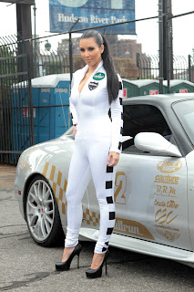 Kim Kardashian: Bullrun Rally Flag Girl Fabulous