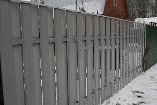 Забор штакетник из профлиста. Фото 17
