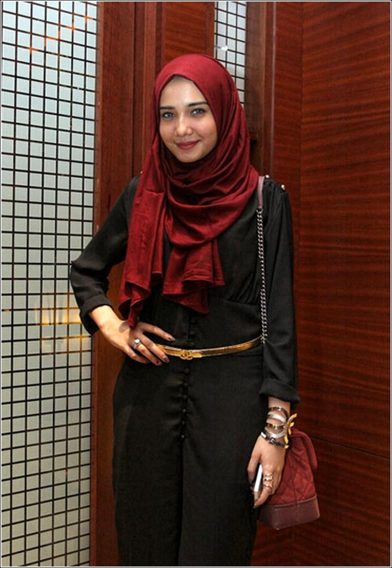 Gaya Hijab Style Ala Zaskia Sungkar Cara Mudah Berhijab