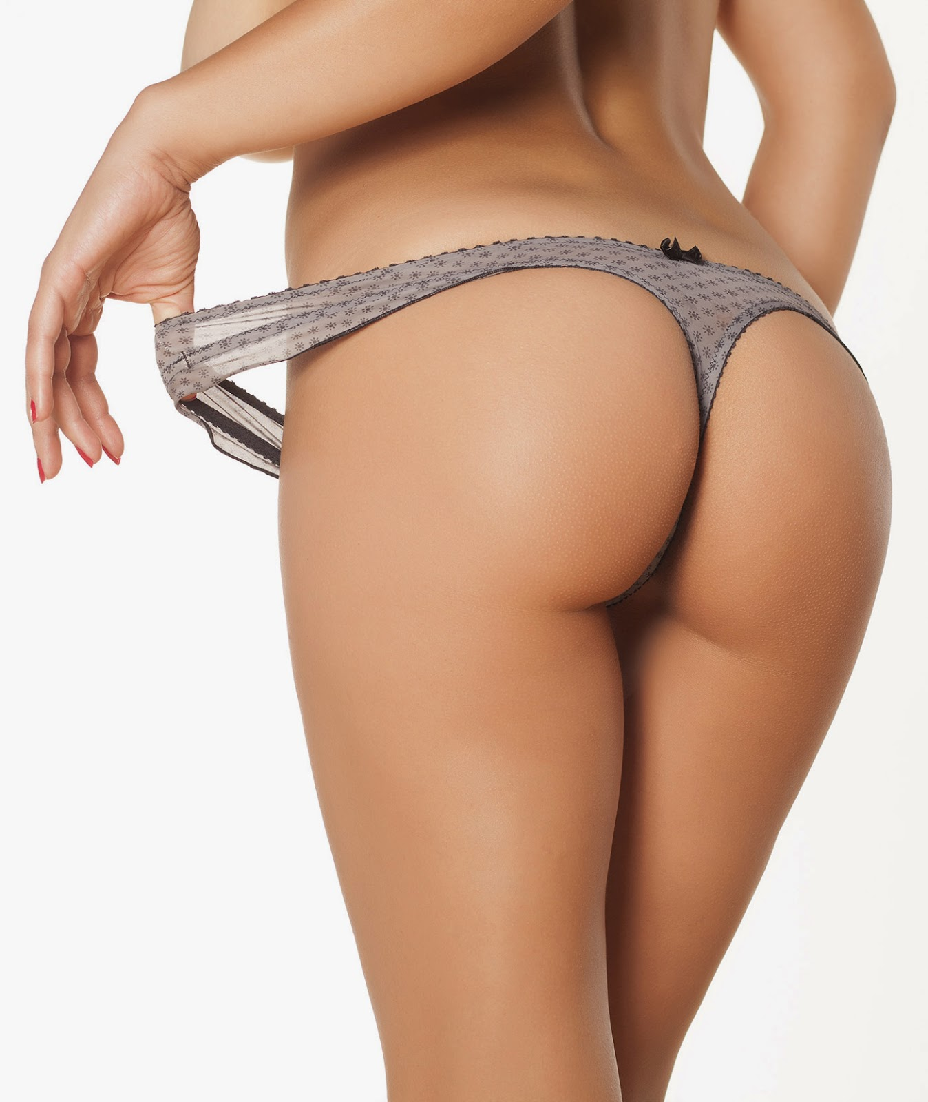 woman with beautiful bottoms