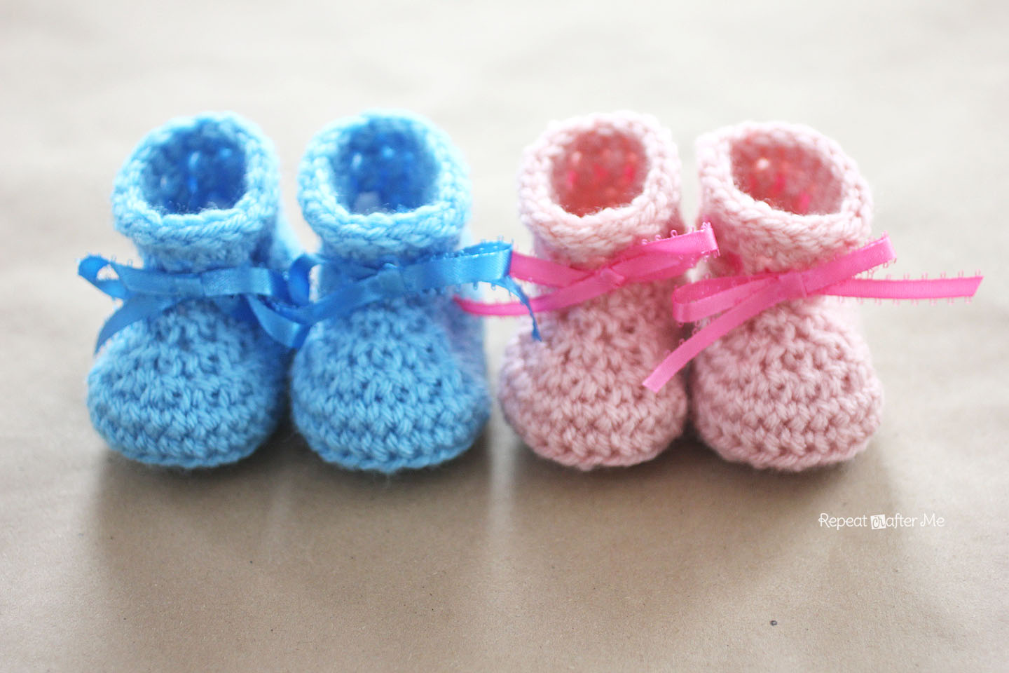 Crochet Baby Booties Pattern With Pictures : Crochet Newborn Baby Booties Pattern - Repeat Crafter Me