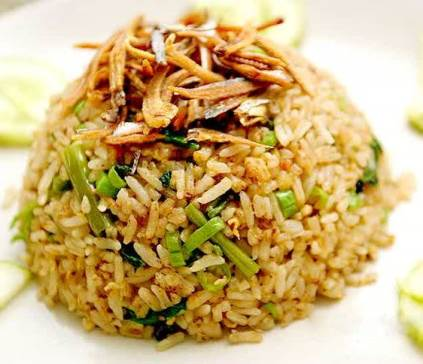 Resep nasi goreng spesial ikan asin