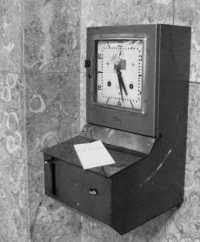 máquina de bater ponto antiga