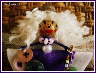 Broche Marimodistilla-