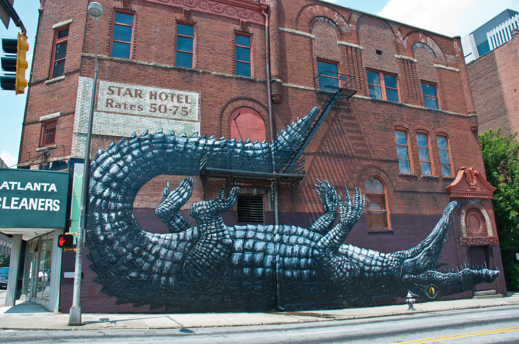 roa alligator new mural in atlanta for living walls