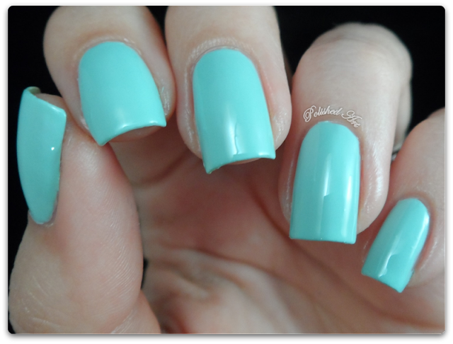 seventeen-17-gel-colour-nail-polish-mint-cooler-swatch