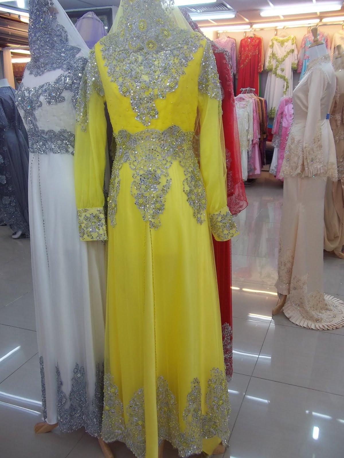 Baju Pengantin Design Baru beserta dengan veil panjang