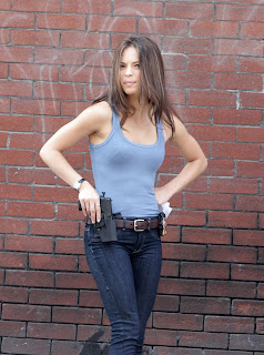 Kristin Kreuk is hot